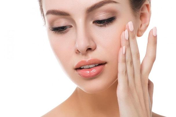 انواع کرم و ماسک خانگی برای پوست های حساس و خشک